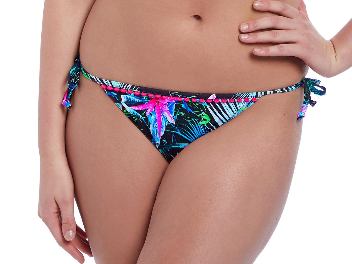 63ac4e6088 ... Plavky Freya Jungle Flower bok kalhotky AS5845 Black Tropical ...